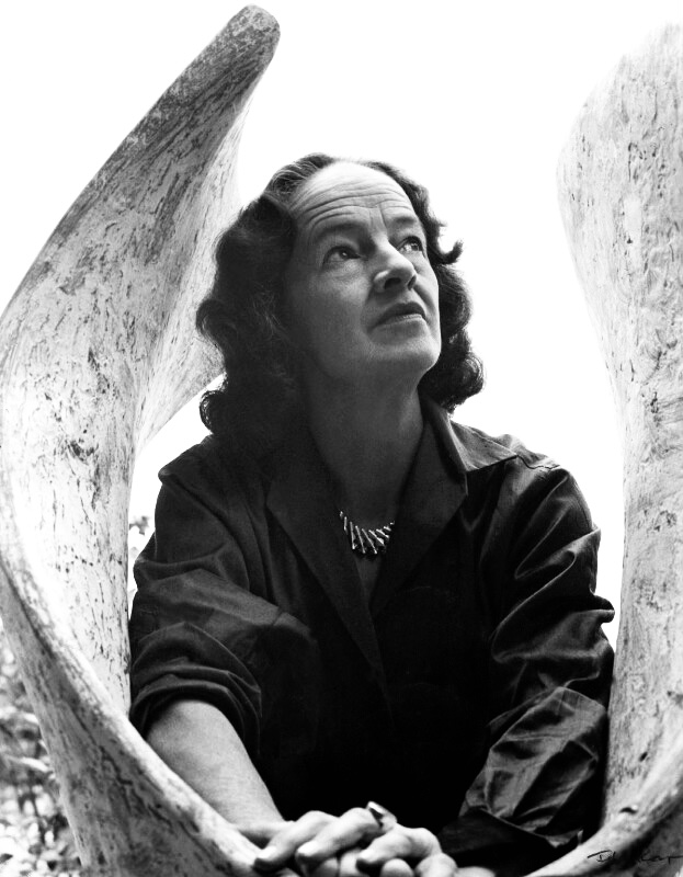 Barbara Hepworth: Zaklinacz Kamieni